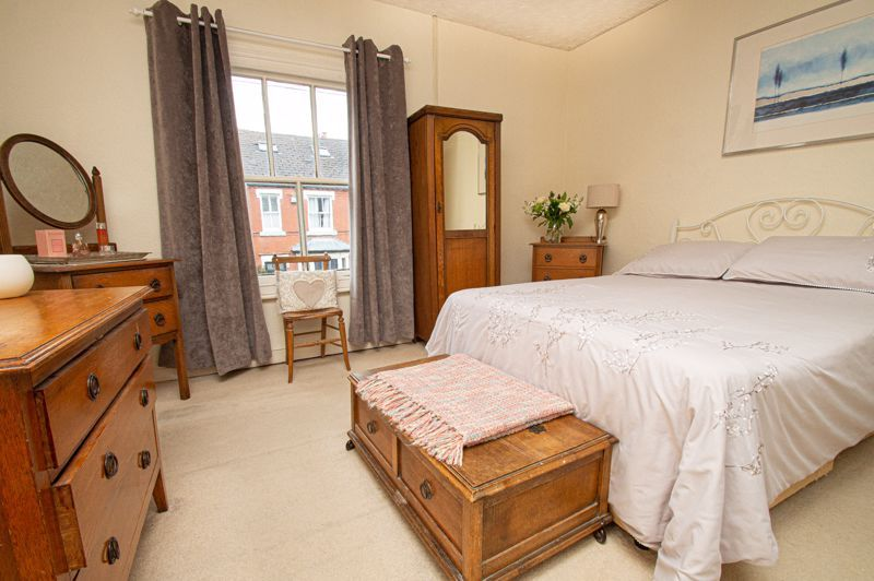 2 bed house for sale in South Avenue  - Property Image 8