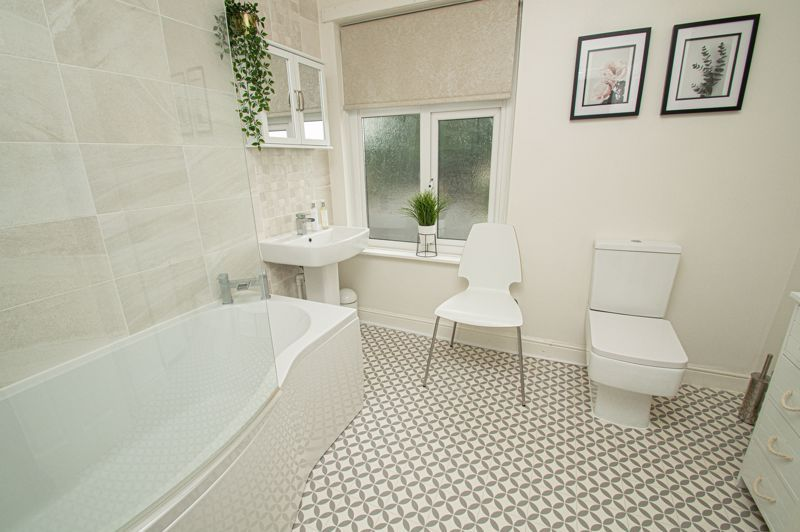 2 bed house for sale in South Avenue  - Property Image 10