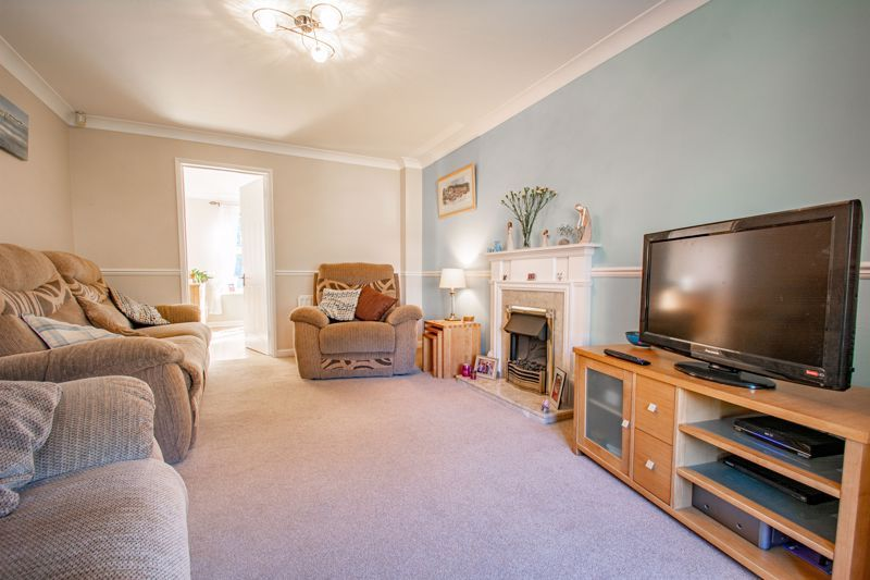 4 bed house for sale in Harbours Close  - Property Image 16