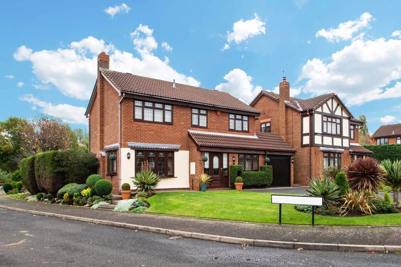 4 bed house for sale in Windermere Drive 1
