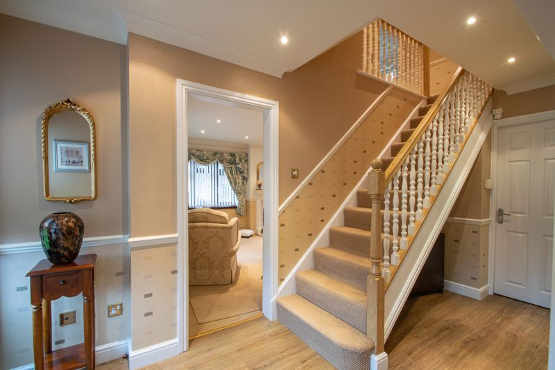 4 bed house for sale in Windermere Drive 2