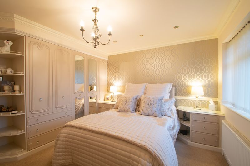 4 bed house for sale in Windermere Drive 19