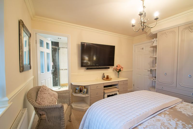 4 bed house for sale in Windermere Drive 20