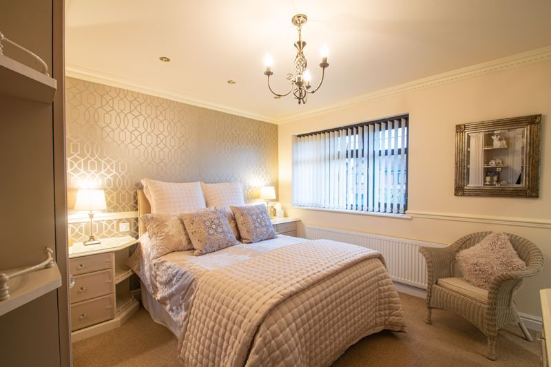 4 bed house for sale in Windermere Drive 7