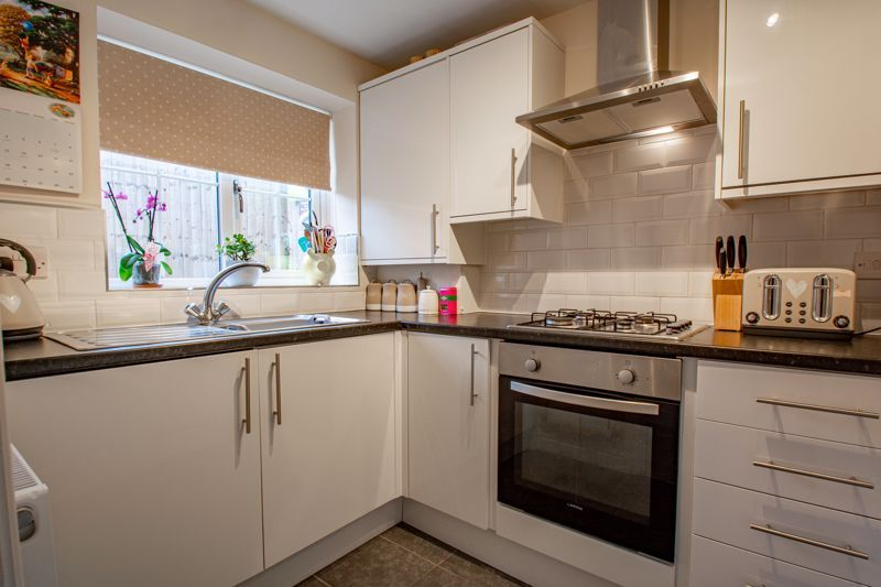3 bed house for sale in Bewell Head 5