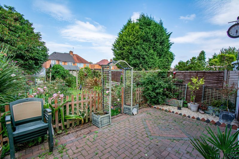 3 bed house for sale in Moorfield Drive 12