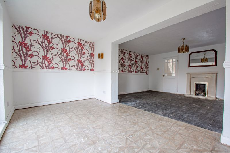 3 bed house for sale in Moorfield Drive 14