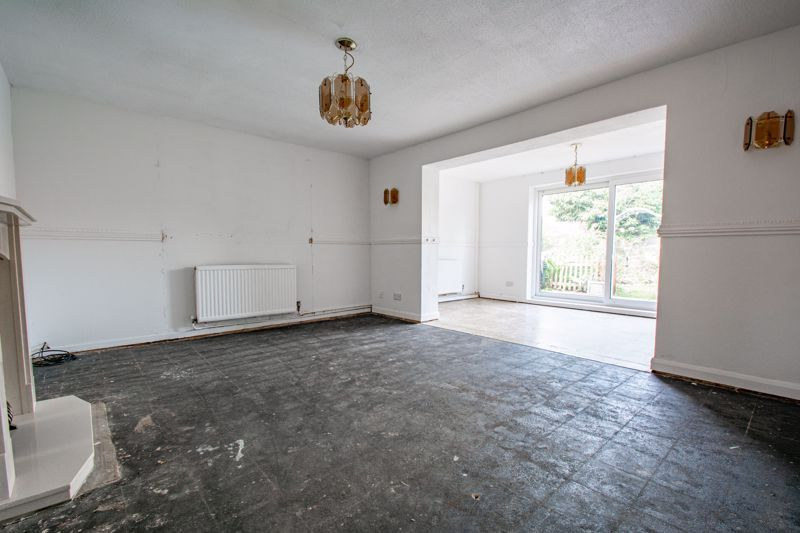 3 bed house for sale in Moorfield Drive 3