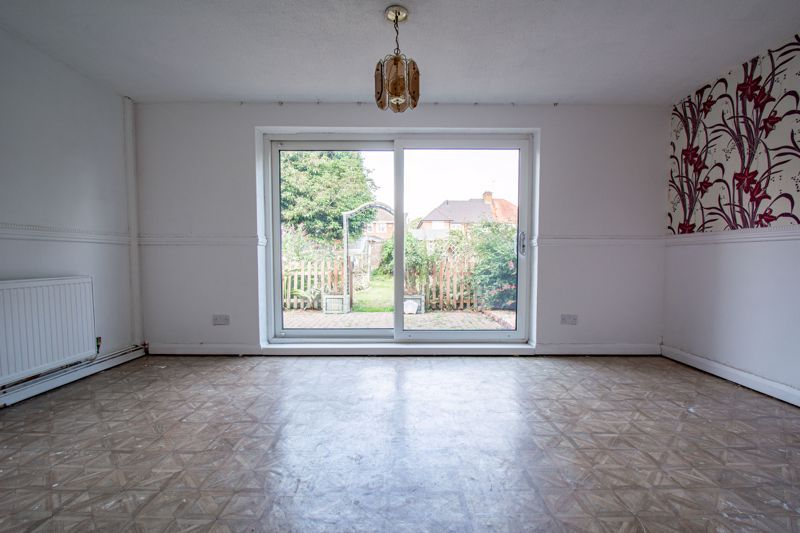 3 bed house for sale in Moorfield Drive 4