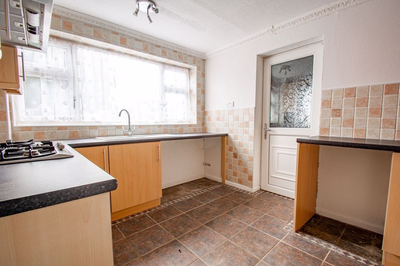 3 bed house for sale in Moorfield Drive 5