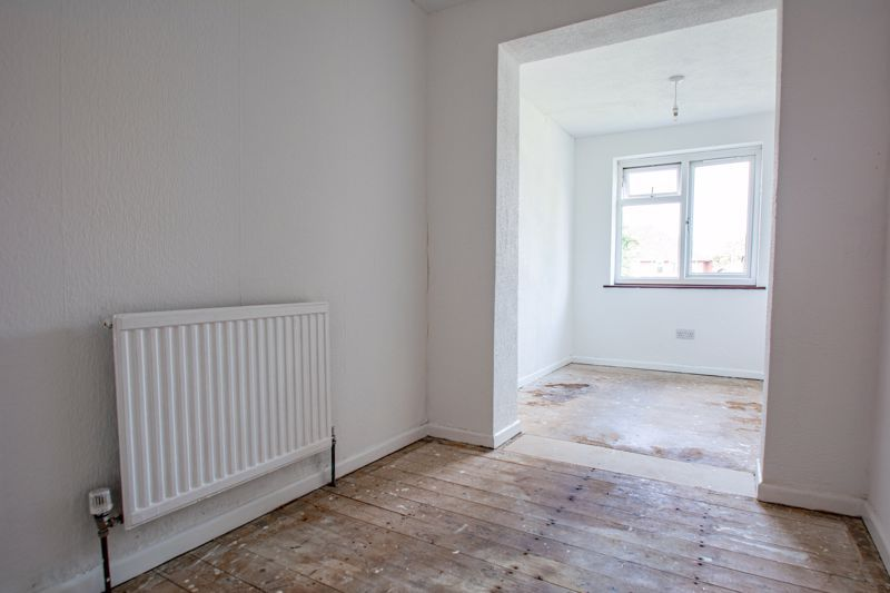3 bed house for sale in Moorfield Drive 8