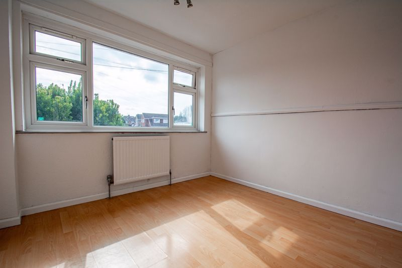 3 bed house for sale in Moorfield Drive 9