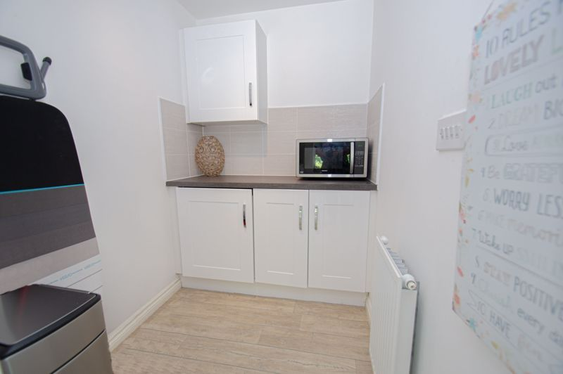 4 bed house for sale in Dawn Close  - Property Image 16
