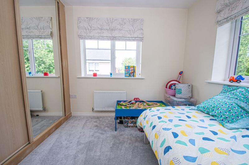 4 bed house for sale in Dawn Close  - Property Image 17