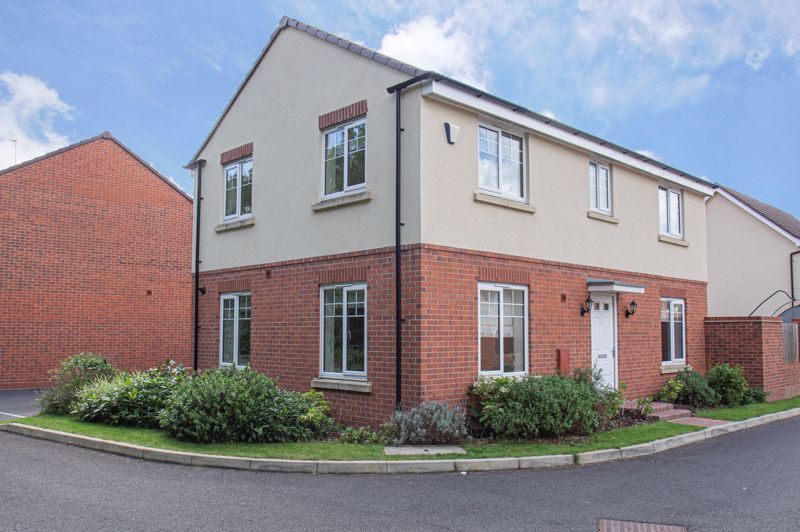 4 bed house for sale in Dawn Close  - Property Image 18