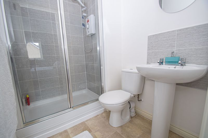 4 bed house for sale in Dawn Close  - Property Image 8