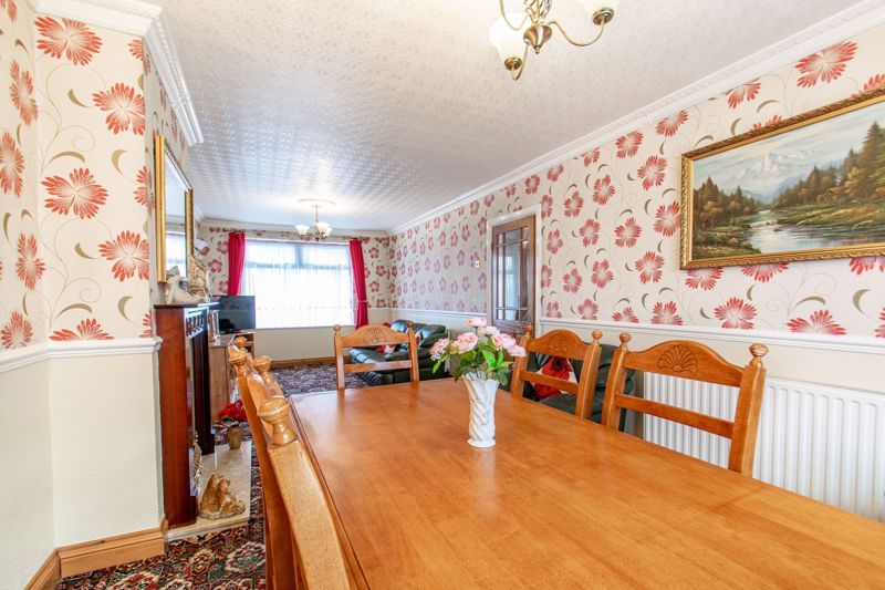 3 bed house for sale in Olton Boulevard East  - Property Image 4