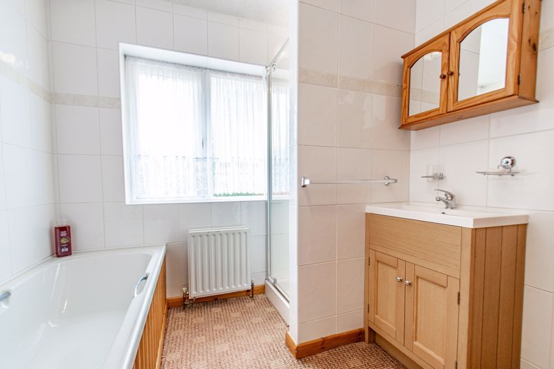 3 bed house for sale in Olton Boulevard East  - Property Image 9