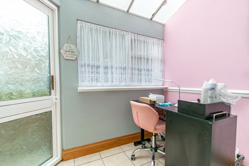 3 bed house for sale in Olton Boulevard East  - Property Image 10