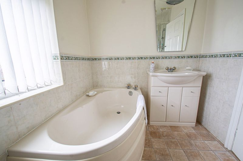 3 bed house for sale in Rowley Village  - Property Image 15
