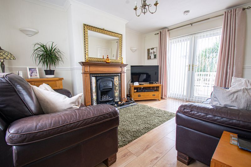 3 bed house for sale in Rowley Village  - Property Image 3