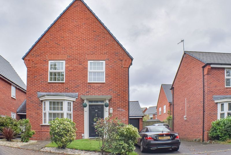 4 bed house to rent in John Corbett Drive 1