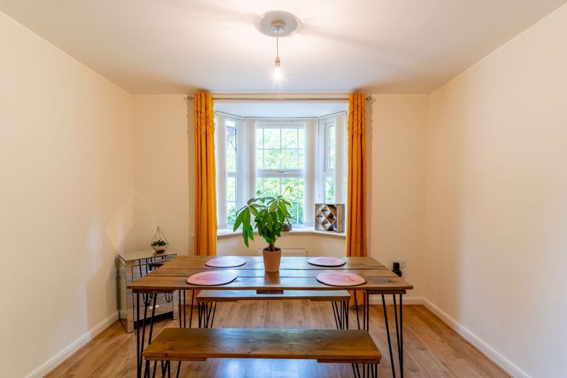 4 bed house to rent in John Corbett Drive 3