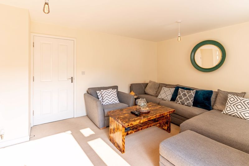 4 bed house to rent in John Corbett Drive 4