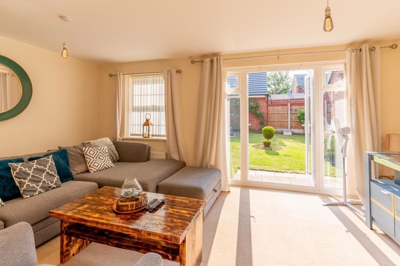 4 bed house to rent in John Corbett Drive  - Property Image 5