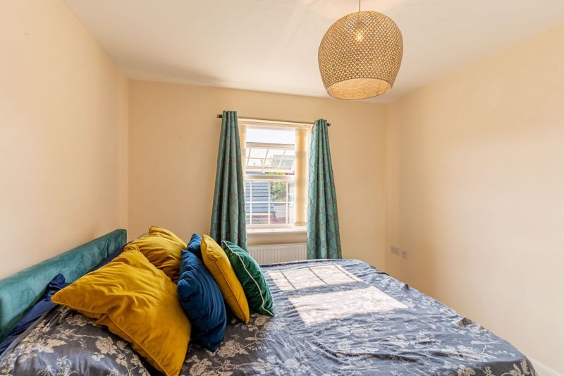 4 bed house to rent in John Corbett Drive 7