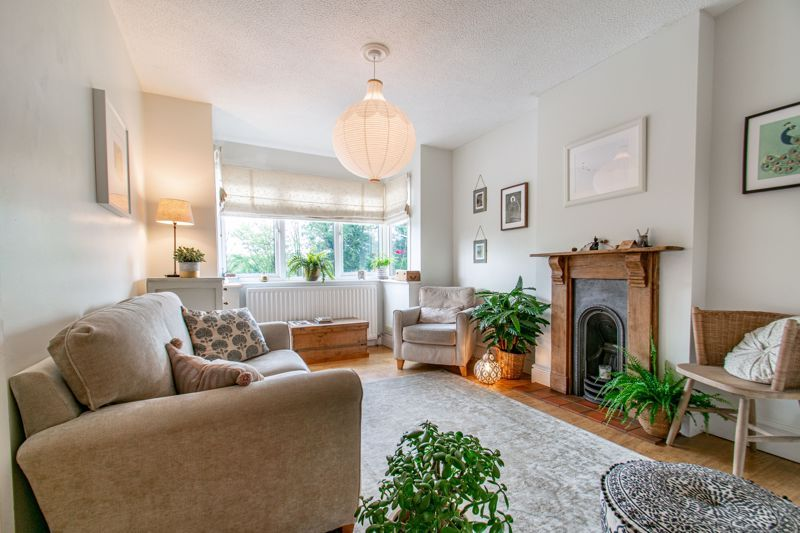3 bed house for sale in The Slough 2