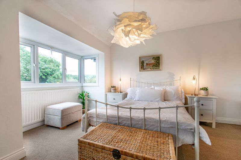 3 bed house for sale in The Slough 7