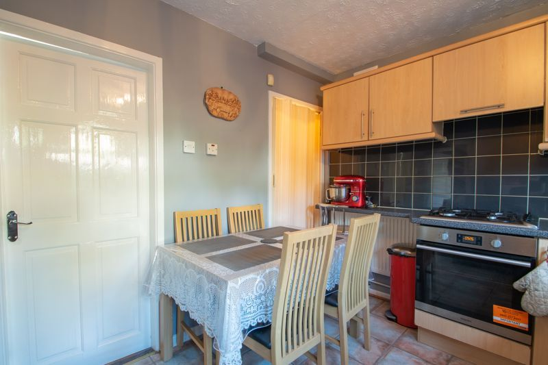 3 bed house for sale in Abbey Road  - Property Image 6