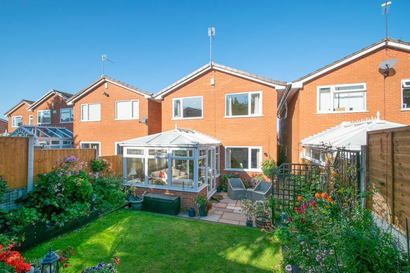 4 bed house for sale in Hamilton Avenue  - Property Image 13