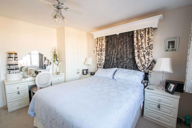 4 bed house for sale in Hamilton Avenue  - Property Image 17