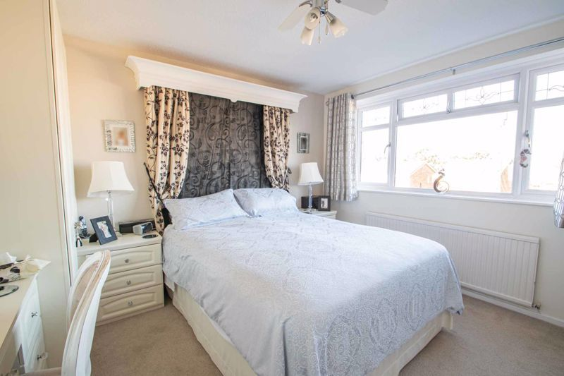 4 bed house for sale in Hamilton Avenue 7