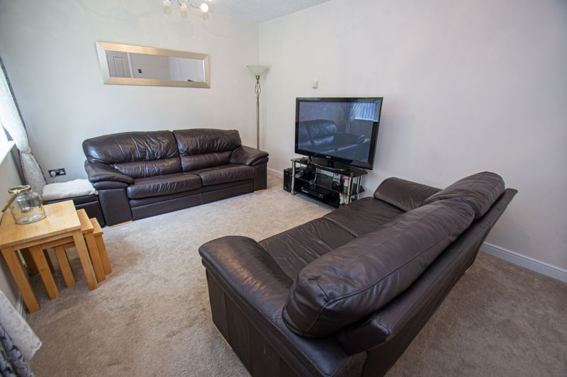 3 bed house for sale in Beoley Road West 3