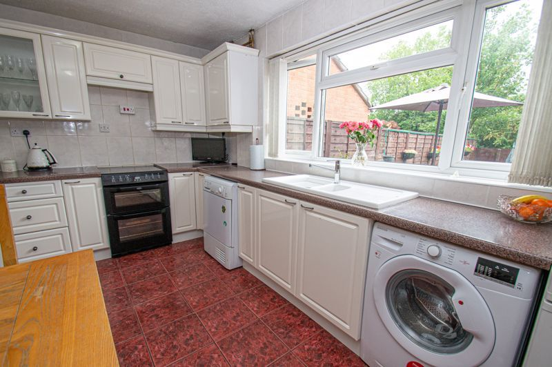 3 bed house for sale in Beoley Road West 4