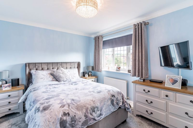 3 bed house for sale in Wroxall Close 14