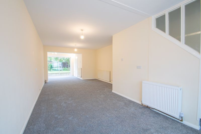 3 bed house for sale in Firth Park Crescent 2