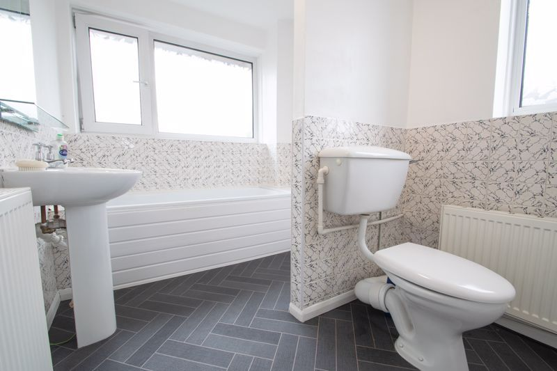 3 bed house for sale in Firth Park Crescent  - Property Image 11