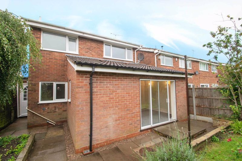 3 bed house for sale in Firth Park Crescent 13
