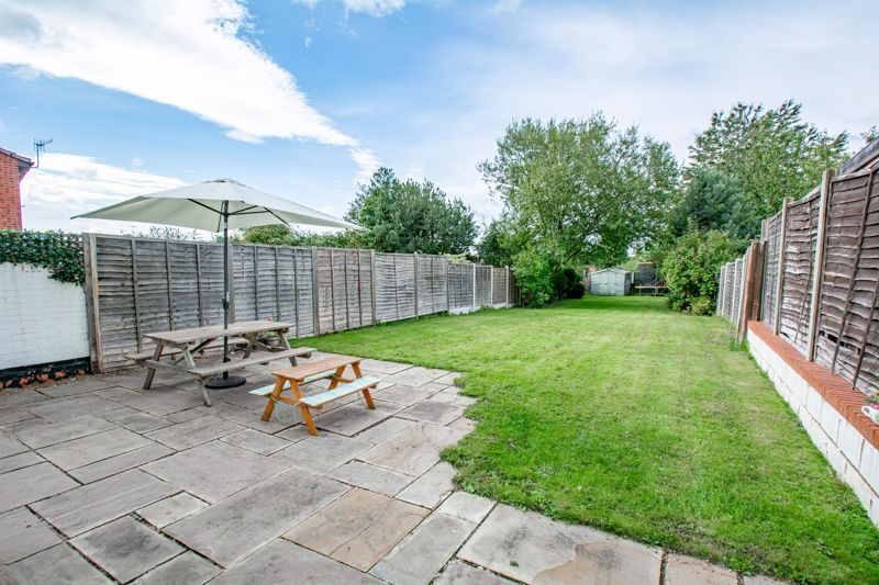 3 bed house for sale in King Edward Road 12