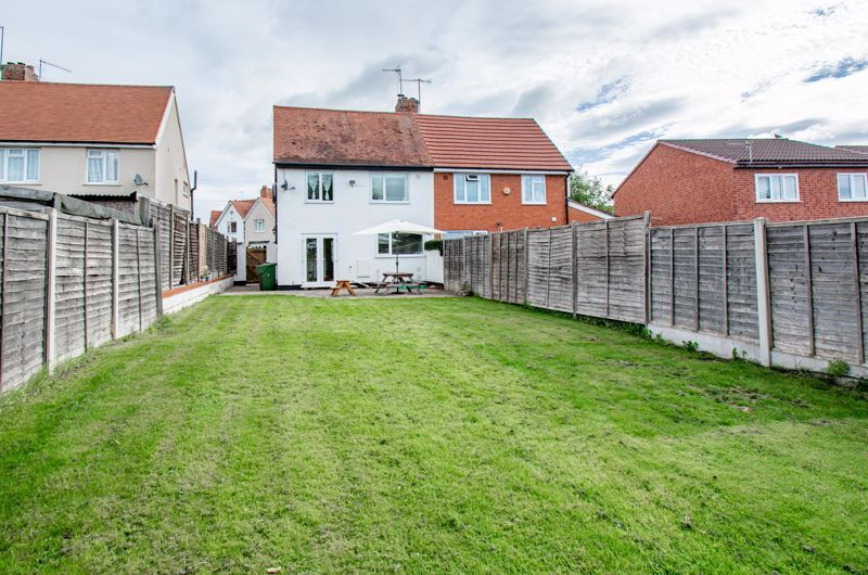 3 bed house for sale in King Edward Road 13