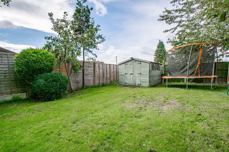 3 bed house for sale in King Edward Road 14