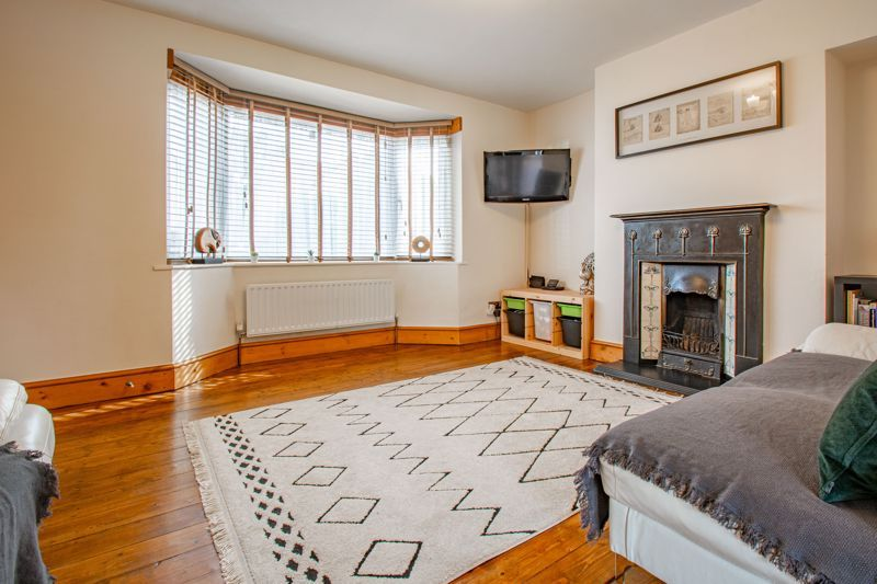 3 bed house for sale in King Edward Road 3