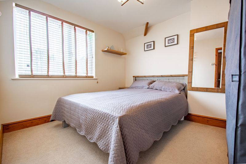 3 bed house for sale in King Edward Road 7