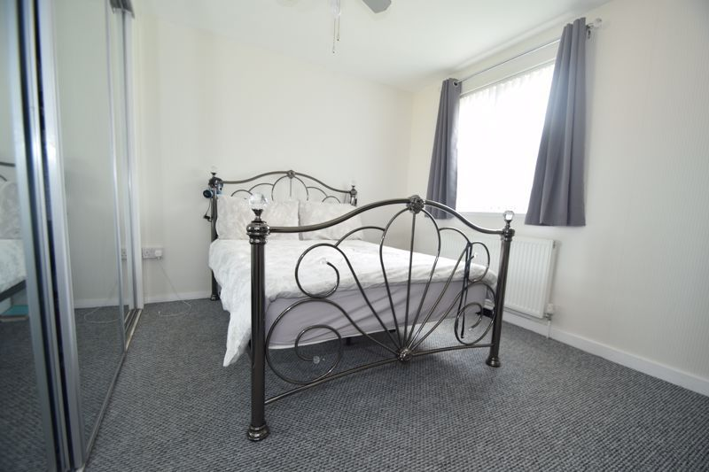 4 bed house to rent in Havergal Walk 7