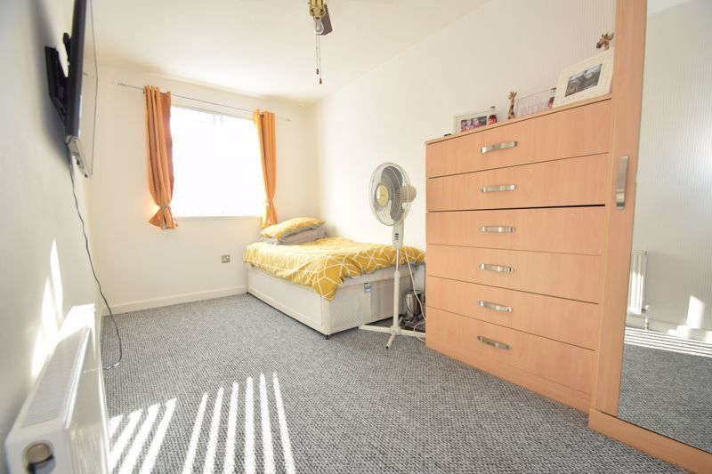 4 bed house to rent in Havergal Walk 8