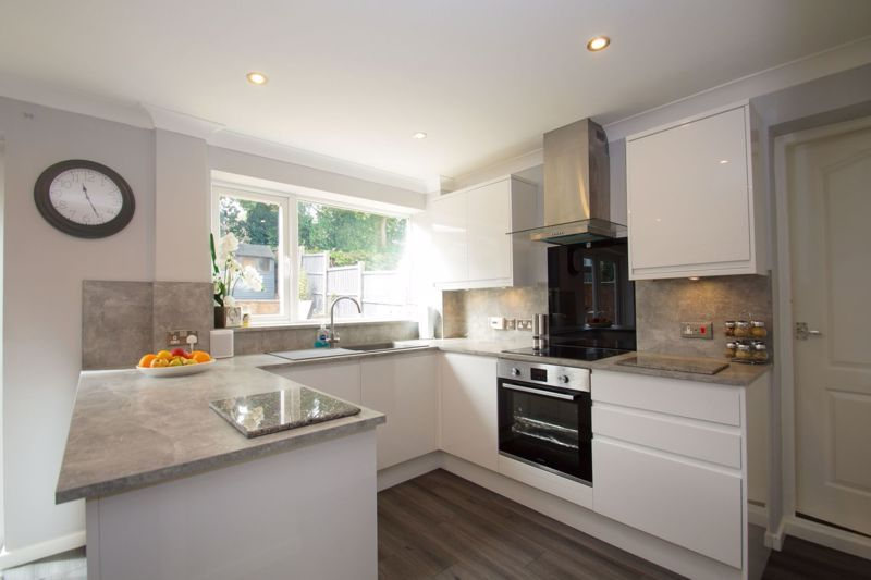 3 bed house for sale in Berrington Close 4